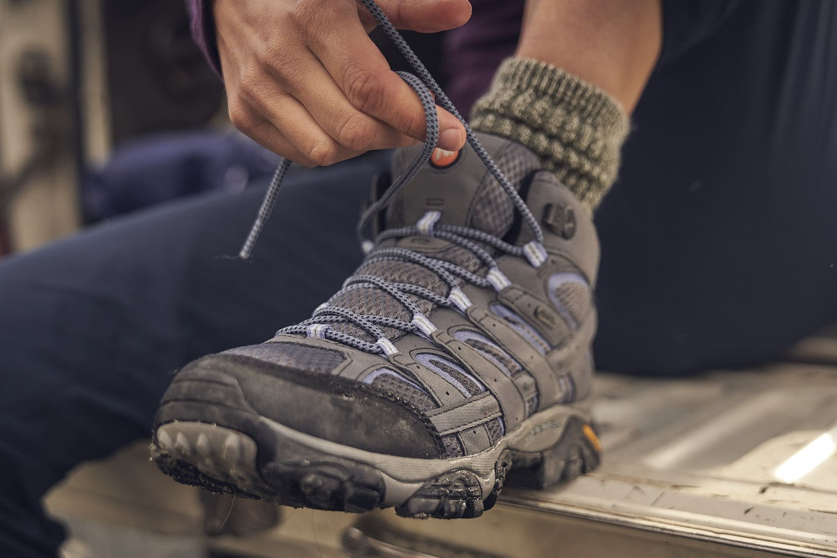How To - Lace Hiking Boots